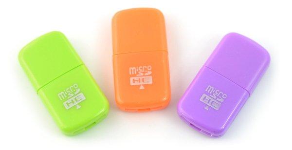 Čtečka karet AK242A - čtečka paměťových karet microSD