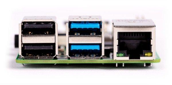 Raspberry Pi 4 - konektory USB 3.0